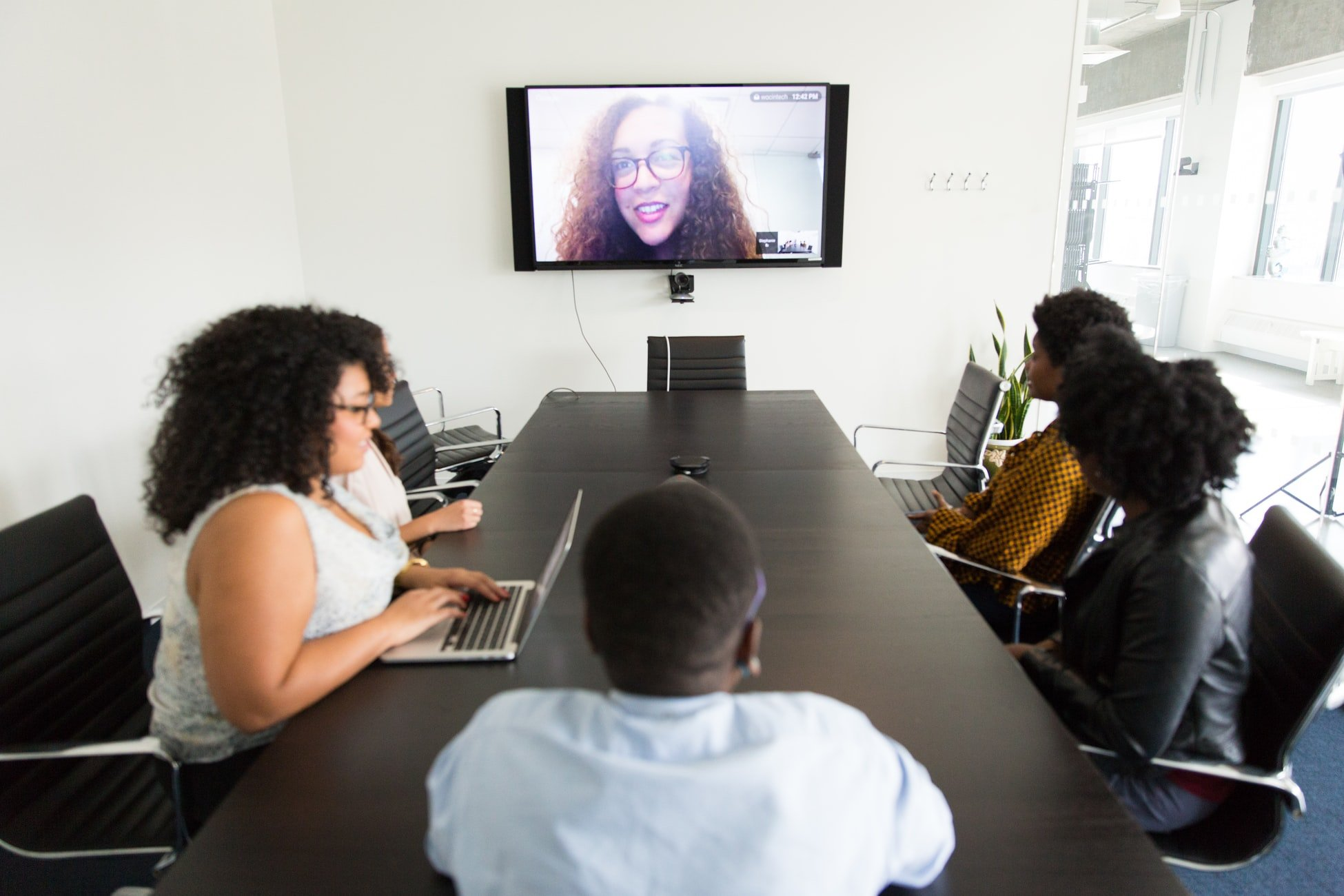 video-meeting-remote-interview-recruitment
